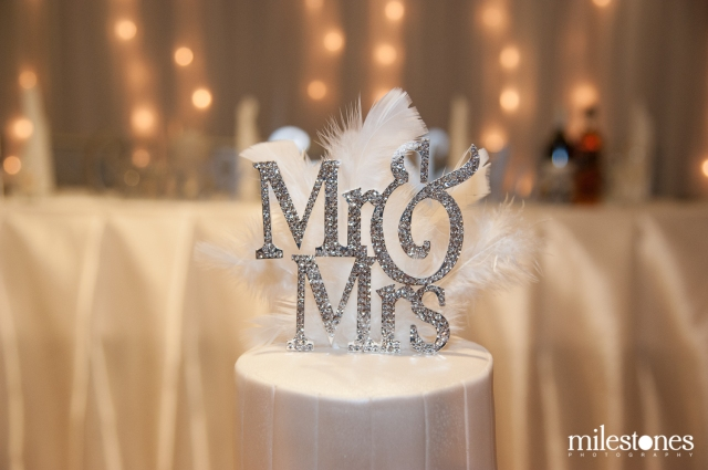 Mrs & Mrs cake topper Le Montage